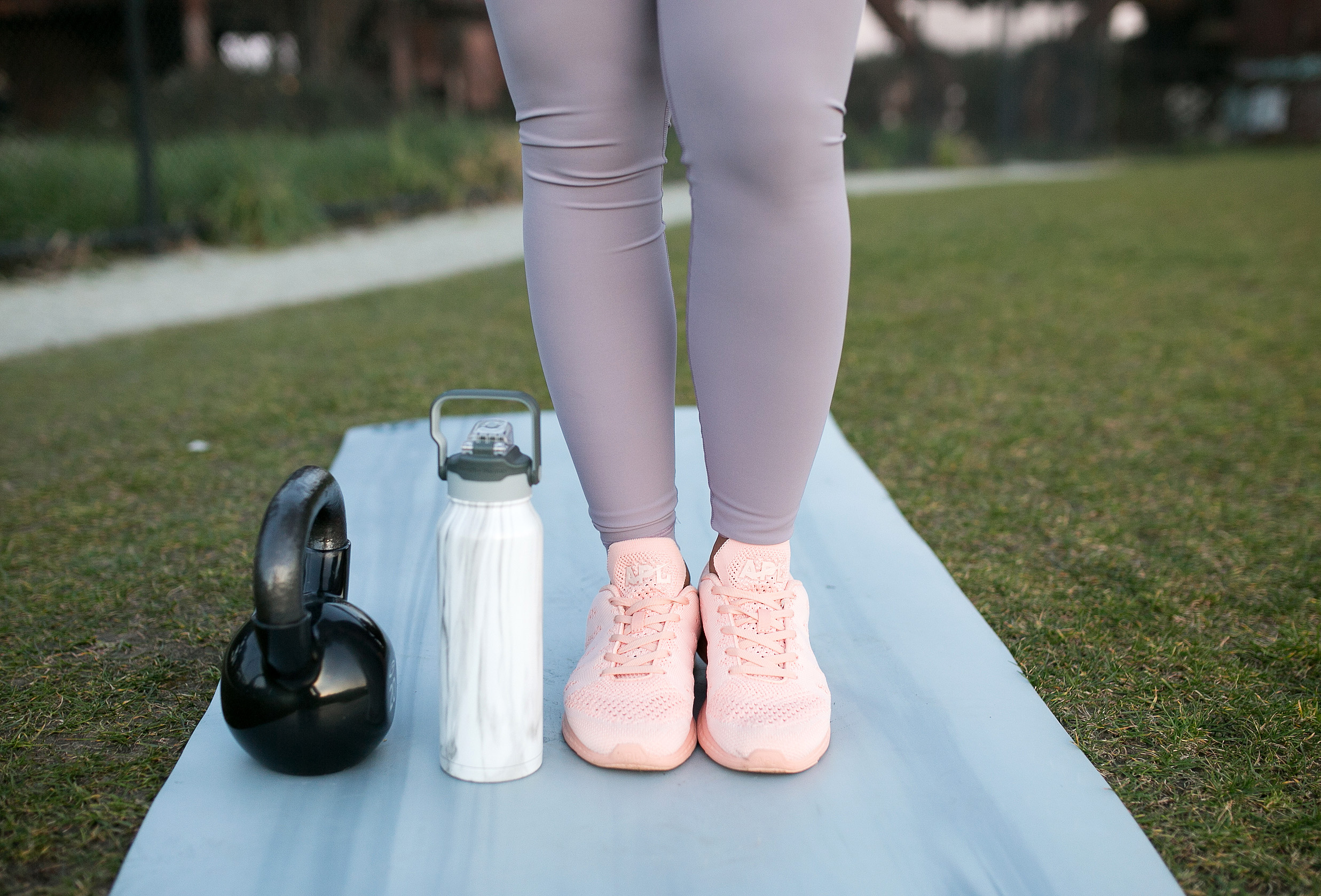 Want to get into morning workouts, but can't seem to get into a good groove? Check out these 5 tips to help you crush your morning workouts.